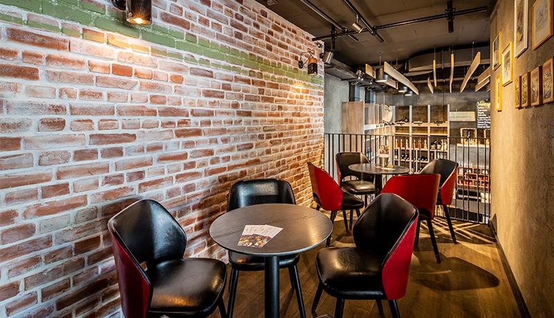 <span class='refProjTitle'>Hotel Restaurant / 2019</span>
